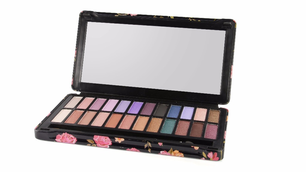 Palette de maquillage Dark smoky IDC COLOR
